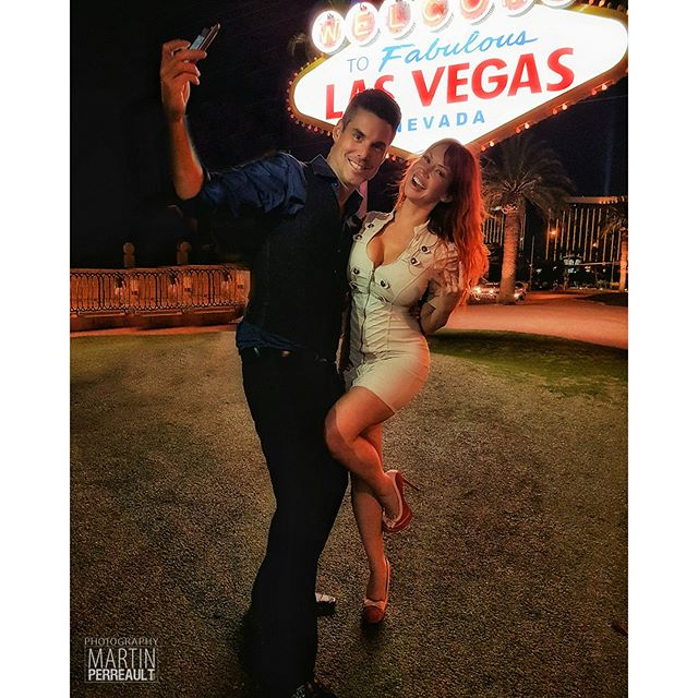 What am I doing with the phone in my hand like that? LIGHTING of course! ;) w/ @biancabeauchampmodel #vegas #mobilelighting #diy
