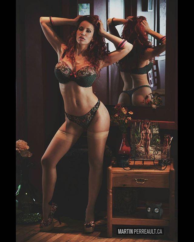 Lingerie. www.martinperreault.com #martinperreault #photography #model @biancabeauchampmodel #ilovebianca #biancabeauchamp #redhead #lingerie #mirror