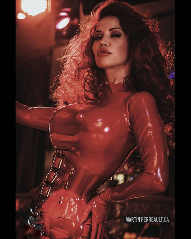 Disco! ? www.martinperreault.com #martinperreault #photography #model @biancabeauchampmodel #ilovebianca #biancabeauchamp #redhead #latex #fetish #red #corset