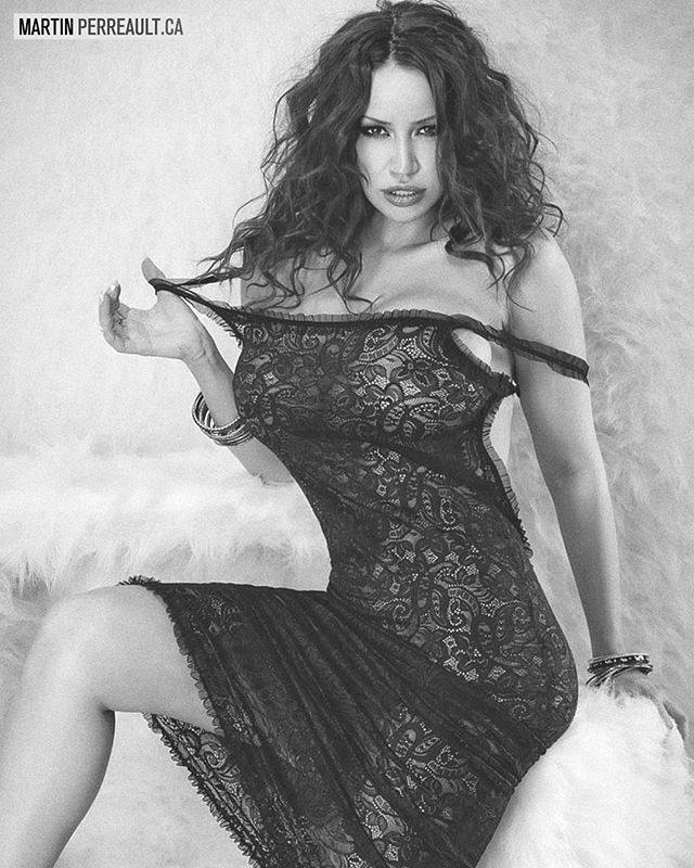 Revisiting some shoots... in B&W. www.martinperreault.com #martinperreault #photography #model @biancabeauchampmodel #ilovebianca #biancabeauchamp #blackandwhite #b&w #lingerie