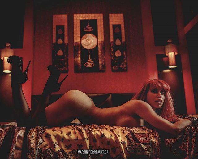 Curves in Thailand love hotel. www.martinperreault.com #martinperreault #photography #model @biancabeauchampmodel #ilovebianca #biancabeauchamp #redhead #lingerie