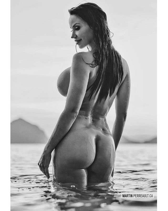 Moon at sunset in the Philippines. /w @biancabeauchampmodel #blackandwhite